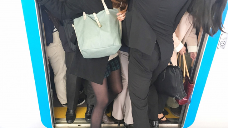 電車通勤あるある:腹立つ乗客を羅列してみた
